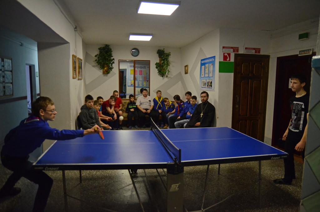 Колпашевские православные следопыты и дети из Тогурского детского дома провели турнир по настольному теннису