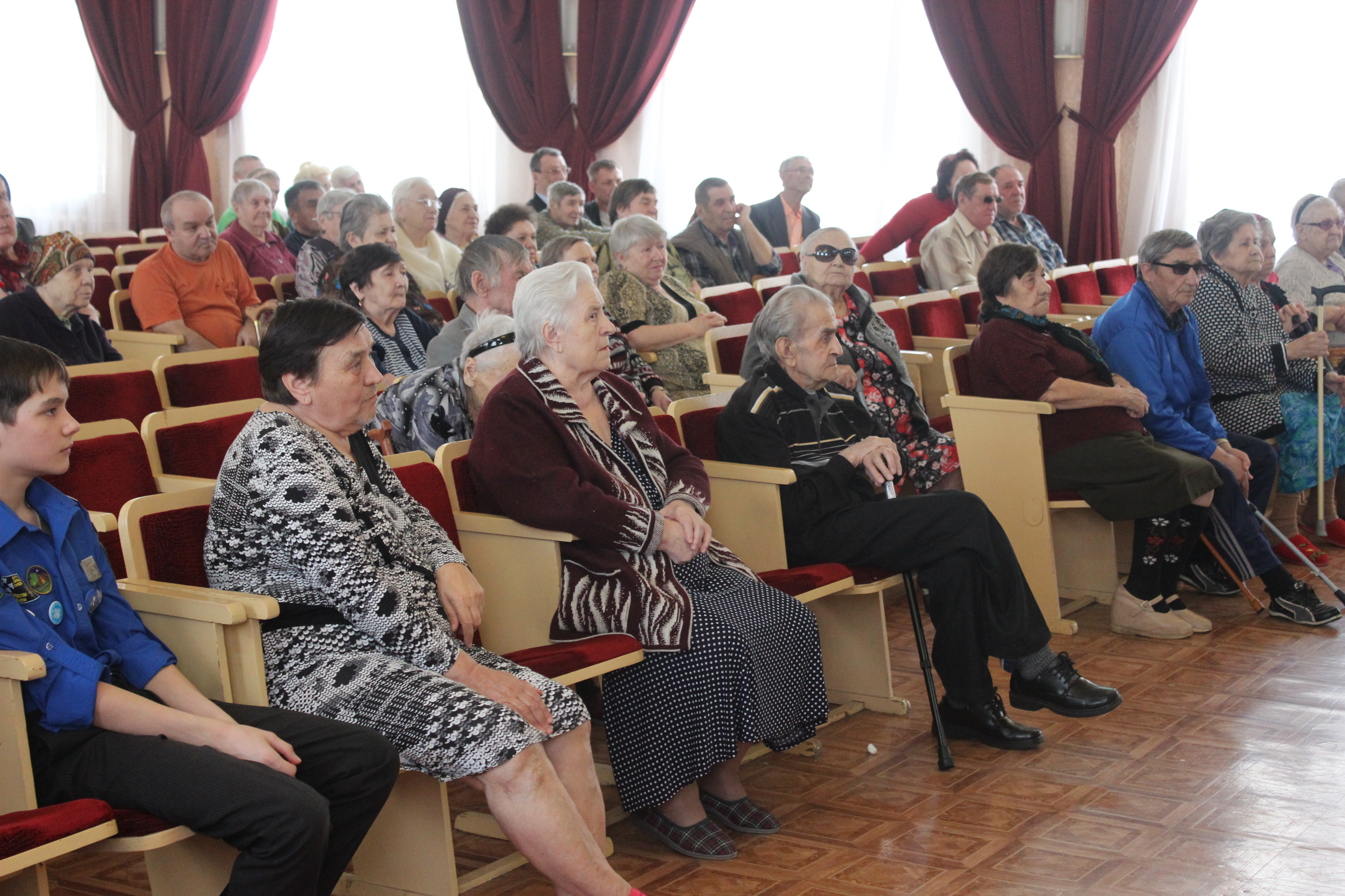 «Пост – весна духовная» - Оренбургские следопыты посещают дом престарелых