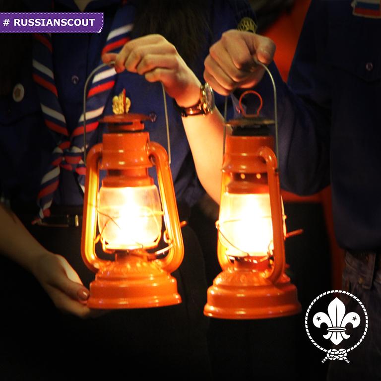 18 декабря 2016 года - Встреча Вифлеемского огня на Крутицком Патриаршем подворье в Москве
