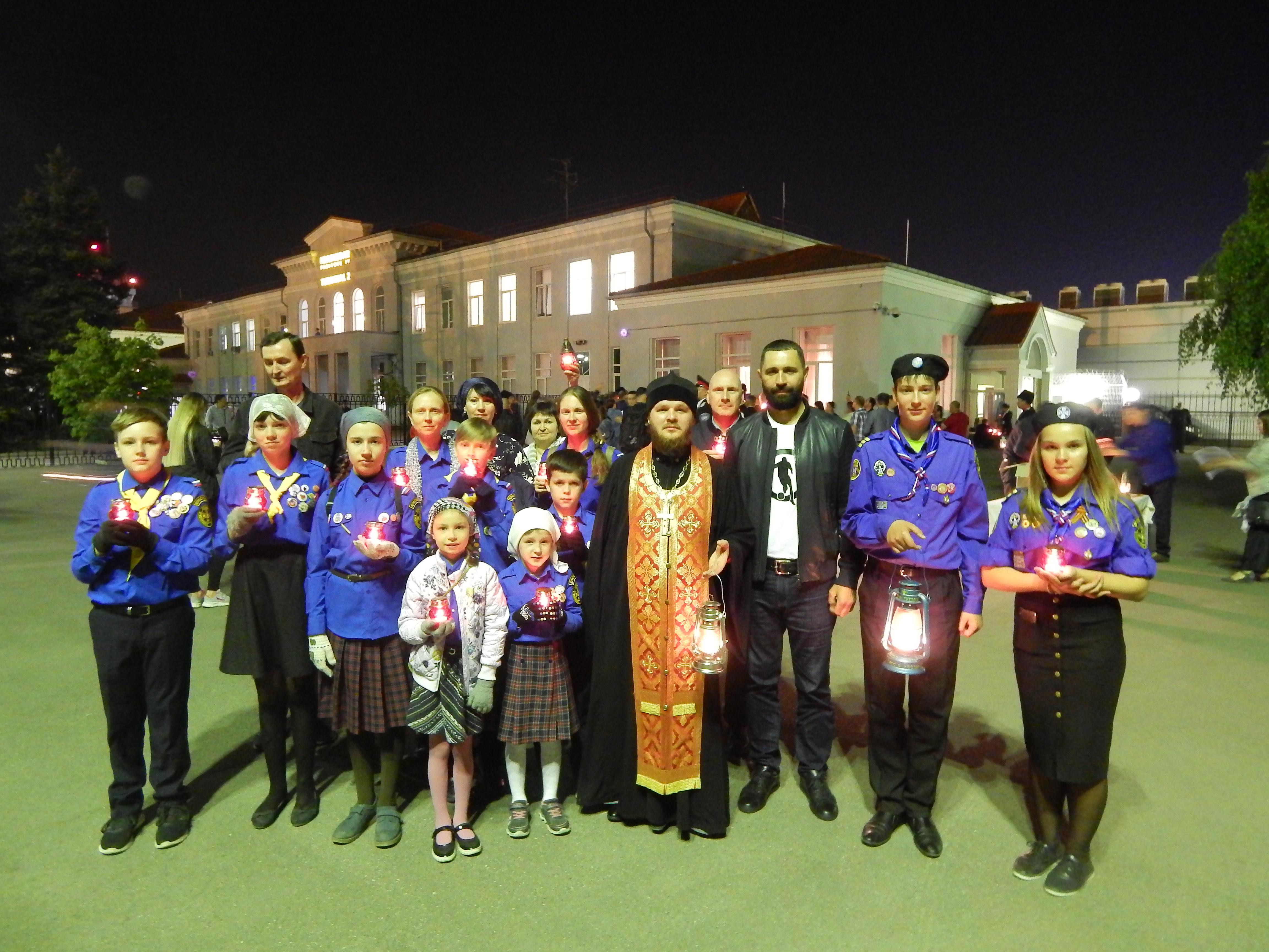 Кореновские следопыты доставили в храмы своего города частичку Благодатного огня